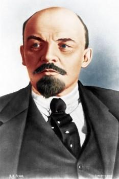 Vladimir Ilici Lenin, numele de familie originar: Ulianov, (n. 10 aprilie 1870 (S.N. 22 aprilie) – d. 21 ianuarie 1924) revoluționar rus care a condus partidul bolșevic, primul premier al Uniunii Sovietice și fondatorul ideologiei cunoscute sub numele de leninism - foto: ro.wikipedia.org