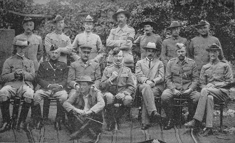 """""""Asediul Mafekingului"""" - Parte a """"Al Doilea Război al Burilor"""" - Baden-Powell și oamenii săi la Mafeking - foto: ro.wikipedia.org"""