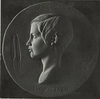 Carl Filtsch (* 28 mai 1830, Sebeșul Săsesc, Transilvania - † 11 mai 1845, Veneția) a fost una din cele mai importante personalități muzicale ale secolului al XIX-lea - in imagine, Carl Filtsch de Jean-Jacques Pradier, 1843 - foto: ro.wikipedia.org