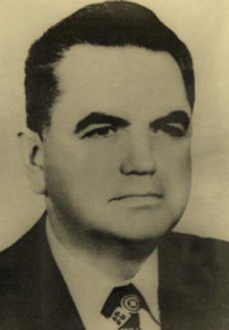 Constantin Dăscălescu (n. 2 iulie 1923, Breaza, județul Prahova, România – d. 15 mai 2003, București, România) a fost un lider comunist român, care a îndeplinit funcția de prim-ministru al României în perioada din 1982 și până la căderea regimului în 1989 - foto: ro.wikipedia.org