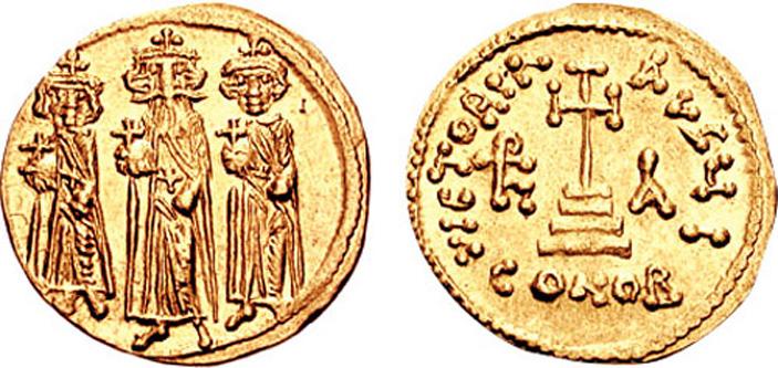 Heraclius Konstantin (3 mai 612 - 20 aprilie sau 24 mai/26 mai 641), cunoscut sub numele de Constantin III, a fost împărat bizantin în 641, fiul lui Heraclius și fratele lui Heraklonas. Constantin a fost numit co-împărat pe 22 ianuarie 613 (9 luni). În 629 s-a căsătorit cu vara sa de gradul doi, Gregoria, cu care a avut doi copii: Constans și Theodosiu. În 641, la moartea lui Heraclius, a devenit împărat împreună cu fratele său mai mic, Herakonas. El a dat mai mult de 2 milioane de solidi lui Valentinus Aršakuni, un adjutant al unui nobil important, ca să fie distribuiți soldaților, pentru a asigura fiului său tronul. După patru luni a murit de tuberculoză, lăsându-l pe Heraklonas unic împărat. La scurt timp, Constans, fiul său, a devenit împărat - in imagine, Heraclius împreună cu fii săi Constantin şi Heraklonas - foto: ro.wikipedia.org
