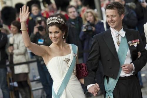 14 mai 2004: Frederik, prințul moștenitor al Danemarcei, se căsătorește la Catedrala din Copenhaga cu australiana Mary Donaldson - foto: ekstrabladet.dk