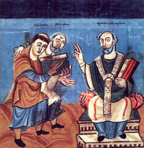 Hrabanus Maurus (stânga), ajutat de Alcuin (mijloc), îi predă lui Otgar de Mainz (dreapta) cartea sa – Ilustrație din Manuscriptum Fuldense cca. 830 - foto: ro.wikipedia.org