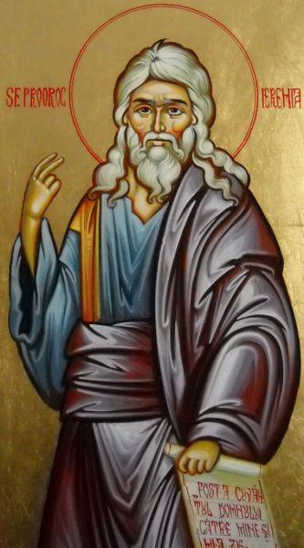 Sfântul Proroc Ieremia a fost unul dintre cei patru mari prooroci ai Vechiului Testament (alături de Isaia, Iezechiel și Daniel). Şi-a desfășurat activitatea în secolele VII-VI î.Hr., timp de 40 de ani, sub domnia a cinci regi: Iosia (17 ani), Ioahaz (3 luni), Ioiachim (11 ani), Iehonia (3 luni) și Sedechia (11 ani). A fost contemporan cu distrugerea Ierusalimului și deportarea poporului ales în exil în Babilon (597 î.Hr.). Biserica Ortodoxă îl prăznuiește la 1 mai - foto: basilica.ro