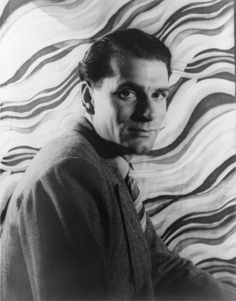 Laurence Olivier (n. 22 mai 1907, Dorking, Surrey, Anglia – d. 11 iulie 1989, Steyning, West Sussex, Anglia) a fost un actor și regizor englez de film - Photo of Laurence Olivier by Carl Van Vechten - foto: ro.wikipedia.org