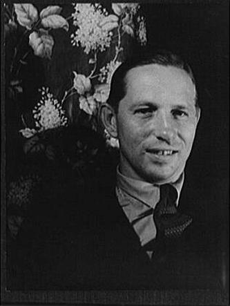 Louis Bromfield (n. 27 decembrie 1896 - d. 18 martie 1956) a fost un romancier și dramaturg american - in imagine, Louis Bromfield, fotografiat de Carl Van Vechten în 1933 - foto: ro.wikipedia.org