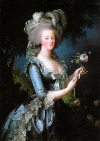 """Maria Antonia Iosefa Iohanna de Habsburg-Lorena (n. 2 noiembrie 1755 - d. 16 octombrie 1793), cunoscută în istorie sub numele de Maria Antoaneta, s-a născut arhiducesă de Austria, mai târziu devenind regină a Franței și a Navarei. La vârsta de 15 ani s-a măritat cu Ludovic al XVI-lea al Franței, devenind apoi mama """"delfinului pierdut"""" Ludovic al XVII-lea. Maria Antoaneta este cunoscută mai degrabă pentru excesele sale legendare (considerate exagerări de unii istorici moderni), precum și pentru moartea sa: a murit executată prin ghilotinare, în toiul Revoluției Franceze, în 1793, pentru un așa-zis incest cu fiul ei, precum și pentru înaltă trădare, nedovedită, însă. S-a pretins pe durata vieții sale că ar fi fost lesbiană, că ar fi întreținut relații sexuale cu numeroși bărbați, inclusiv cu cumnații ei, dar nu există nici o dovadă în acest sens, toate acestea fiind acuze care au ajutat la declanșarea Revoluției Franceze - foto: ro.wikipedia.org"""