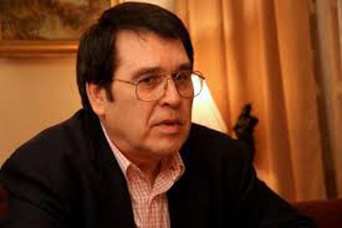 Marius Țeicu (n. 9 mai 1945, Reșița, județul interbelic Caraș) este un compozitor, solist vocal, instrumentist (pian, instrumente cu clape, oboi) orchestrator, dirijor și profesor din România - foto: cersipamantromanesc.wordpress.com