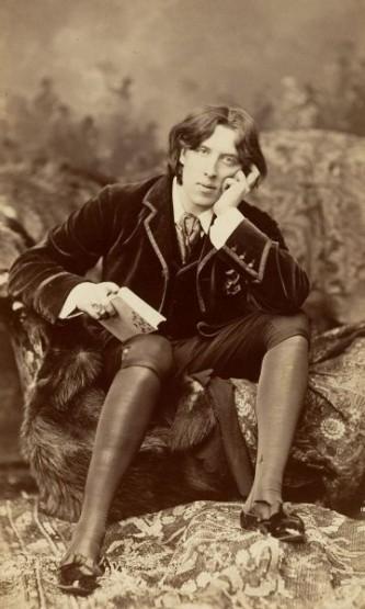 Oscar Fingal O'Flaherty Wills Wilde (n. 16 octombrie 1854, Dublin - d. 30 noiembrie 1900, Paris), scriitor irlandez, cel mai cunoscut dintre scriitorii estetizanți de limbă engleză - foto: ro.wikipedia.org