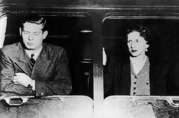 Imagine Getty: Regele Mihai si Regina mama pleaca in exil - iunie 1948