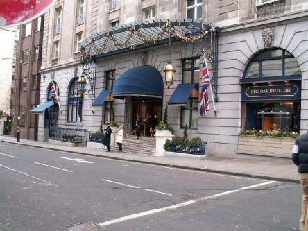 24 mai 1906: Hotelierul elvețian César Ritz a deschis la Londra un alt hotel cu numele său, în care fiecare apartament are o baie privată, ca o noutate - foto: ro.wikipedia.org