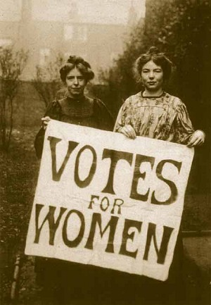 Annie Kenney and Christabel Pankhurst used violent tactics in Britain as members of the Women's Social and Political Union (WSPU) - foto: en.wikipedia.org