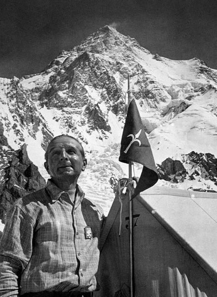 Contele Ardito Desio (n. 18 aprilie 1897 – d. 12 decembrie 2001) a fost un explorator, alpinist, geolog și cartograf italian - foto: en.wikipedia.org