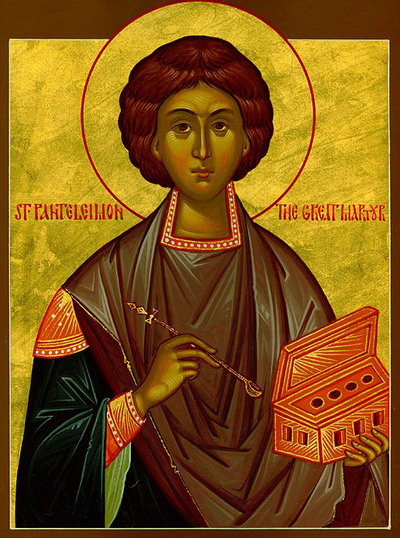 Sfântul Mare Mucenic și tămăduitor Pantelimon a trăit între anii 275 - 303 d. Hr. A pătimit și a fost martirizat în timpul marii persecuții a creștinilor, ordonată de împăratul Dioclețian. Este considerat ca fiind ocrotitor al medicilor și tămăduitor al bolnavilor. Prăznuirea sa în Biserica Ortodoxă se face pe 27 iulie - foto: ro.orthodoxwiki.org