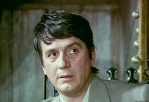 Aurel Cioranu (17 octombrie 1929, București - 7 august 2014, București) a fost un actor român de teatru și film. A absolvit în anul 1954 Institutul de Artă Teatrală și Cinematografică din București - foto: cinemagia.ro