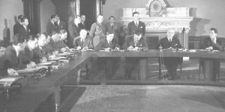 Instalarea Guvernului condus de dr. Petru Groza, la 6 martie 1945  Foto: (c) Arhiva AGERPRES