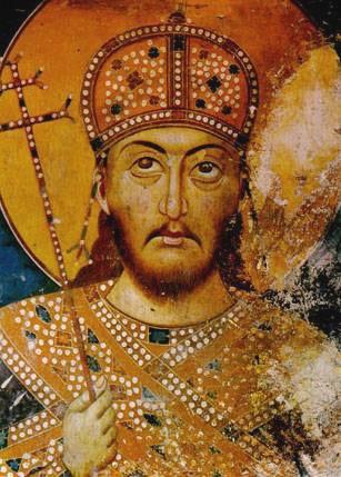 Ștefan Uroș IV Dușan (1308 – 20 decembrie 1355), a fost regele Serbiei (din 8 septembrie 1331) și țar al sârbilor și grecilor (din 16 aprilie 1345). Sub conducerea sa, Serbia și-a atins apogeul extinderii teritoriale, Țaratul Sârb fiind unul dintre cele mai mari state din Europa în acea vreme. Stefan Uroš IV Dušan și Ioan Alexandru al Bulgariei au realizat o alianță, consfințită prin căsătoria regelui sârb cu Elena a Bulgariei, soră a lui Ioan Alexandru, în ziua de Paști din anul 1332. Coroana sa este păstrată la mănăstirea Cetinje din Muntenegru - foto: ro.wikipedia.org