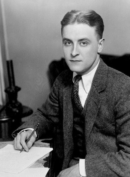 Francis Scott Key Fitzgerald (24 septembrie 1896 – 21 decembrie 1940) a fost un scriitor american. Este considerat a fi unul din cei mai mari scriitori ai secolului douăzeci - in imagine, Fitzgerald c. 1921, appearing in The World's Work's June 1921 issue - foto: en.wikipedia.org