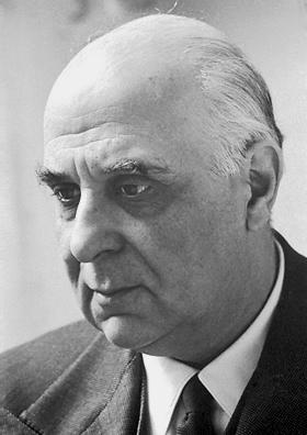 Giorgos Seferis (n. 13 martie 1900, Urla, lângă Smyrna, azi în Turcia; d. 20 septembrie 1971) a fost un poet grec contemporan, laureat al Premiului Nobel pentru Literatură în 1963, in imagine, Giorgos Seferis în 1963 - foto: ro.wikipedia.org