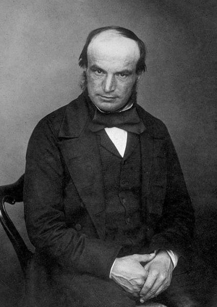 John Couch Adams in 1870 (n. 5 iunie 1819 - d. 21 ianuarie 1892) a fost un matematician și astronom englez, cunoscut mai ales pentru faptul că a prezis, independent de Le Verrier, fără observații directe, doar prin calcule matematice, existența planetei Neptun - foto: en.wikipedia.org