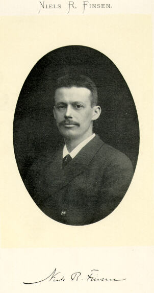 Niels Ryberg Finsen (n. 15 decembrie 1860 - d. 24 septembrie 1904) a fost medic și om de știință danez, originar din Insulele Feroe. Pentru tratamentul unor boli ca lupus vulgaris a promovat utilizarea radiației luminoase pentru care i s-a decernat, în 1903, Premiul Nobel pentru Medicină - foto: ro.wikipedia.org