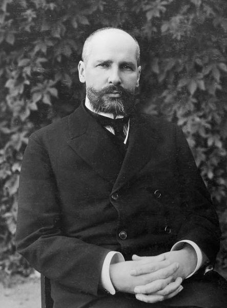 Piotr Arkadievici Stolîpin (n. 2 aprilie 1862 (S.N. 14 aprilie) la Dresda - d. 18 septembrie 1911 (S.V. 5 septembrie), Kiev) a fost un om de stat rus, ministru de interne și apoi președinte al Consiliului de Miniștri (prim-ministru) al guvernului țarului Nicolae al II-lea din 1906 până în 1911. El a devenit cunoscut pentru măsurile de mână forte prin care a încercat să reprime grupurile revoluționare, dar și pentru reforma lui agrară - foto: ro.wikipedia.org