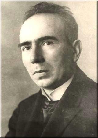 Vasile Pârvan (n. 28 septembrie 1882, Perchiu, județul Tecuci, în prezent în județul Bacău - d. 26 iunie 1927, București) a fost un istoric, arheolog, epigrafist și eseist român, membru titular (din 1913) al Academiei Române - foto: ro.wikipedia.org