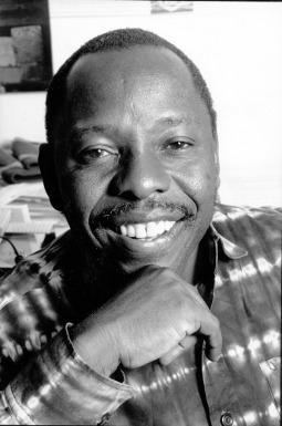 "Kenule Beeson ""Ken"" Saro-Wiwa (10 October 1941 – 10 November 1995) - foto: en.wikipedia.org"