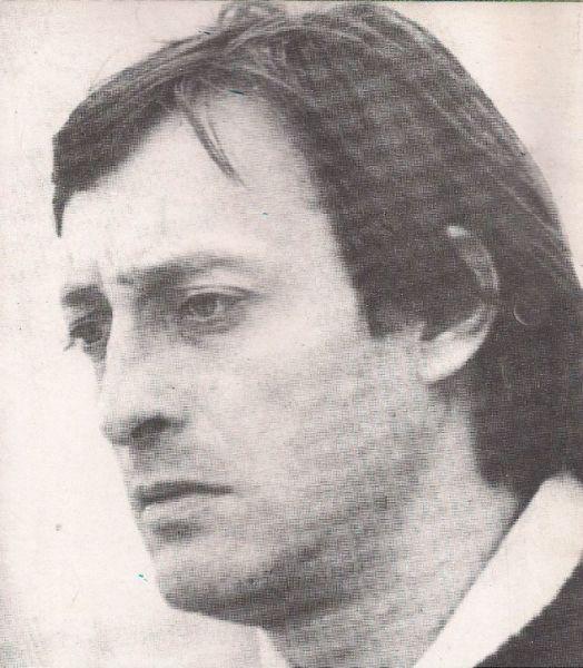 Mircea Veroiu (n. 29 aprilie 1941, Târgu Jiu - d. 26 decembrie 1997) a fost un actor, scenarist și regizor român - foto preluat de pe www.cinemagia.ro