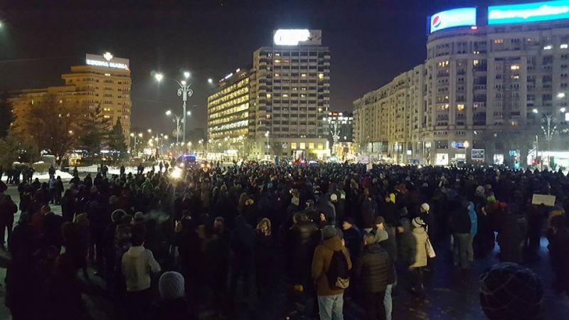 """Protest """"NU Legii Gratierii Si Amnistiei"""" (București - 18 ianuarie 2017) - foto: facebook.com"""