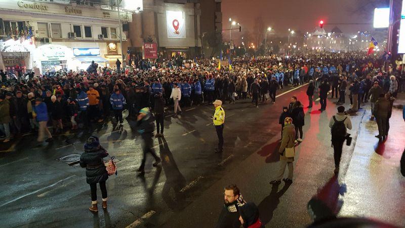 """Protest """"NU Legii Gratierii Si Amnistiei"""",  (București - 22 ianuarie 2017) - foto: Sergiu Nicolae Brega"""
