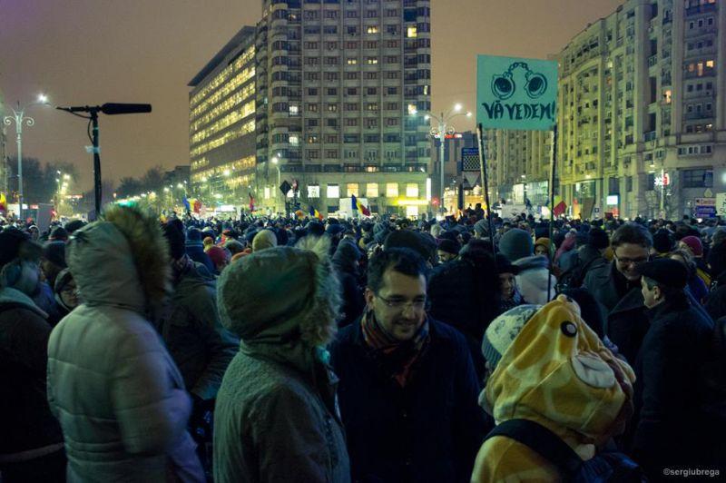 """""""Vă vedem!"""" (Protest """"NU Legii Gratierii Si Amnistiei"""",  București - 29 ianuarie 2017) - foto: Sergiu Nicolae Brega"""