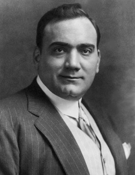 Enrico Caruso (n. 25 februarie 1873 – d. 2 august 1921) a fost unul dintre cei mai faimoşi tenori din istoria operei - foto preluat de pe ro.wikipedia.org
