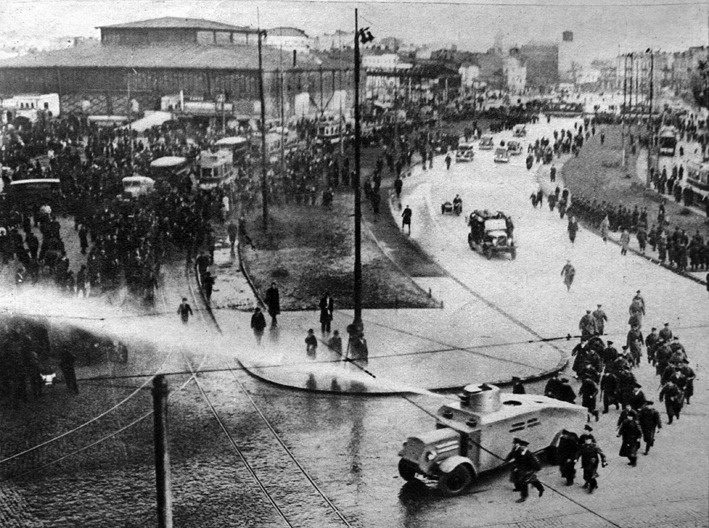 Protest interbelic - foto: art-historia.blogspot.ro