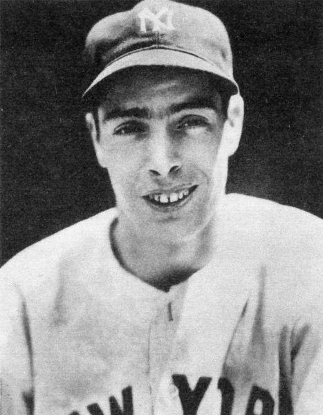 Joe DiMaggio, c.1939 - foto preluat de pe en.wikipedia.org