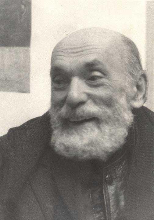 Nicolae Aurelian Steinhardt (n. 29 iulie 1912 - d. 30 martie 1989) a fost un scriitor, critic literar,eseist, jurist, publicist și scriitor român, originar din Pantelimon, județul Ilfov. De origine evreiască, s-a convertit la religia creștină ortodoxă în închisoarea de la Jilava, și-a luat numele de fratele Nicolae, și s-a călugărit după punerea sa în libertate. Este autorul unei opere unice în literatura română, Jurnalul fericirii. A fost doctor în drept constituțional - foto: cuvantul-ortodox.ro