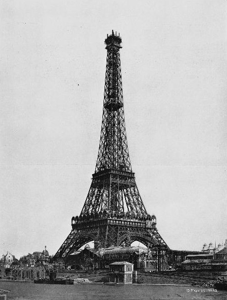 Turnul Eiffel (15 March 1889: Construction of the cupola) - foto preluat de pe en.wikipedia.org
