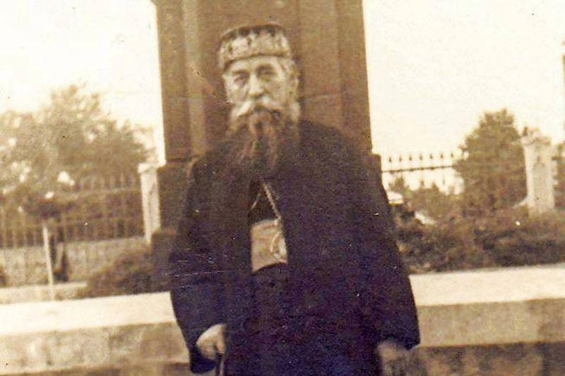 Irineu Mihălcescu, din botez Ioan Mihălcescu (n. 24 iulie 1874, Valea Viei, comuna Pătârlagele, județul Buzău - d. 5 aprilie 1948, Mănăstirea Agapia) a fost un teolog și ierarh ortodox român, care a îndeplinit demnitatea de mitropolit al Moldovei (1939-1947) - foto: ziarullumina.ro