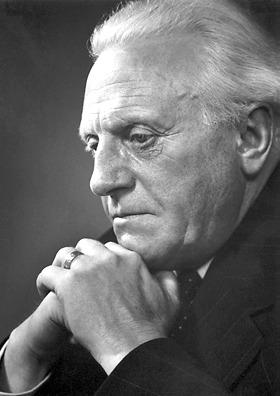 Pär Lagerkvist ( n. 23 mai, 1891, Växjö, Småland - d.11 iulie, 1974, Stockholm) a fost un scriitor suedez, laureat al Premiului Nobel pentru Literatură în 1951 - foto preluat de pe ro.wikipedia.org