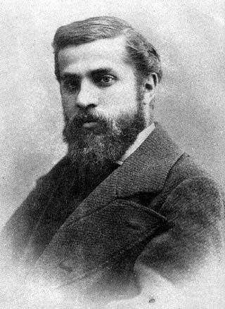 Antoni Gaudí, numele la naştere, Antoni Placid Gaudí i Cornet (n. 25 iunie 1852 – d. 10 iunie 1926) a fost un arhitect catalan faimos atât pentru stilul său unic cât şi pentru proiectele sale puternic individualizate - Gaudí in 1878, by Pau Audouard - foto preluat de pe en.wikipedia.org