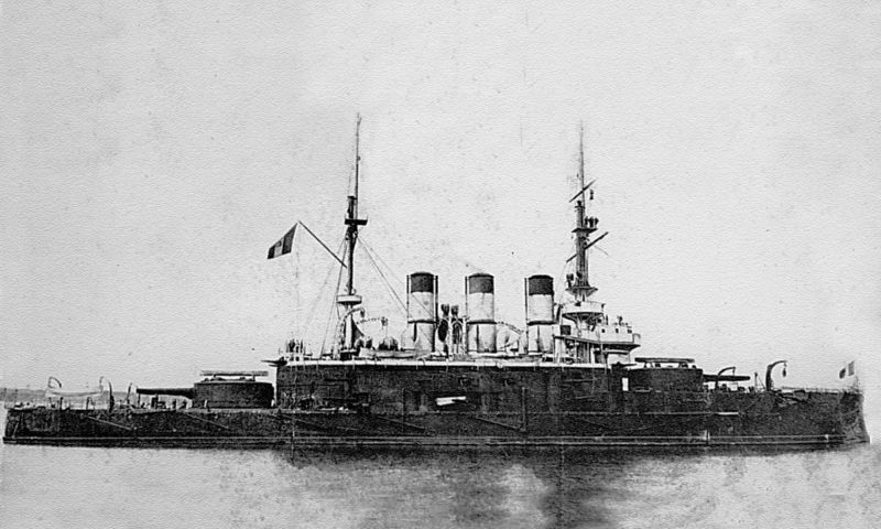 Potemkin at anchor with the Romanian flag hoisted on her mast, Constanța, July 1905 - foto preluat de pe en.wikipedia.org