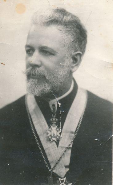 Vasile Gheorghiu (n. 16/28 iulie 1872, Câmpulung, Austro-Ungaria - d. 29 noiembrie 1959, Cut, Neamț) a fost un profesor teolog român, membru de onoare (1938) al Academiei Române - foto: ziarpiatraneamt.ro