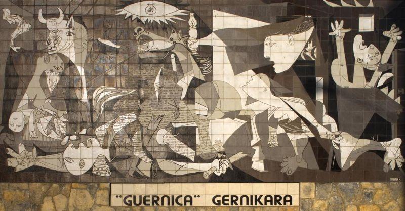 Pablo Picasso - Guernica (1937) - Museo Nacional de la Reina Sofia, Madrid - foto preluat de pe ro.wikipedia.org