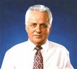 Mircea Druc (n. 25 iulie 1941, satul Pociumbăuți, comuna Zăicani, plasa Rîșcani, județul Bălți) este un om politic din Republica Moldova, care a îndeplinit funcția de președinte al Consiliului de Miniștri al Republicii Sovietice Socialiste Moldova în perioada 25 mai 1990 - 28 mai 1991. Mircea Druc este adept al reunificării Basarabiei, Nordului Bucovinei și Ținutului Herța cu România - foto preluat de pe www.facebook.com