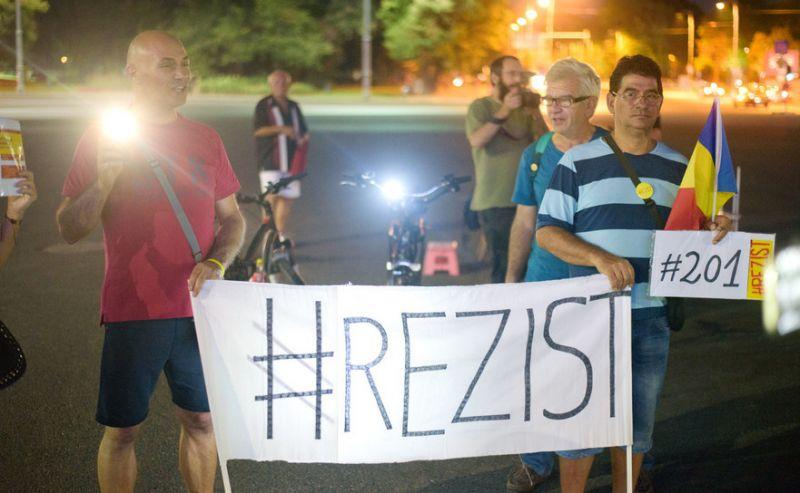 Protest Rezist - Ziua 201 - foto: Mihuţ Savu / Epoch Times