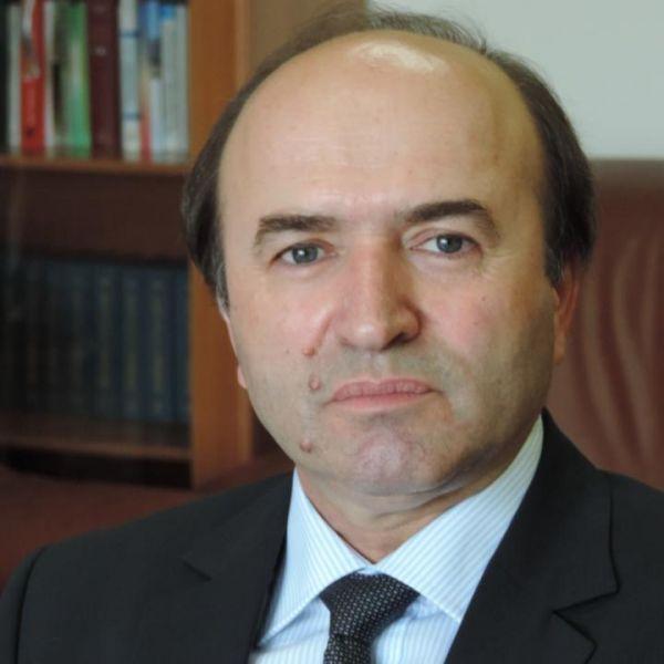 Tudorel Toader, Ministrul Justiției - foto: facebook.com