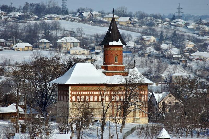 Biserica Sfântul Nicolae Domnesc din Dorohoi este un lăcaș de cult ortodox construit în anul 1495 în localitatea Dorohoi (astăzi municipiu în județul Botoșani). Edificiul a fost ctitorit de voievodul Ștefan cel Mare - foto preluat de pe ro.wikipedia.org