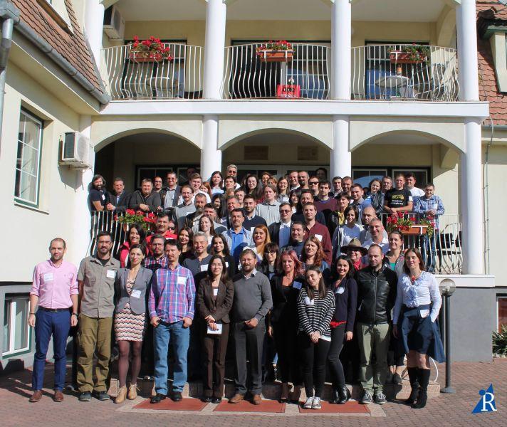 15 organizații civice, 100 de cetățeni activi, o singură coaliție a oamenilor buni, a oamenilor liberi care cred în viitorul democratic și euroatlantic al Românie - foto preluat de pe: www.facebook.com/initiativaromania2016/