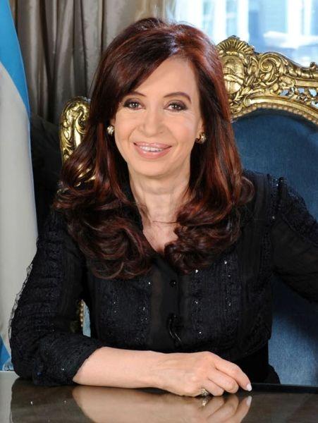 Cristina Elisabet Fernández de Kirchner (n. 19 februarie 1953) este un politician şi jurist argentinian, fostul preşedinte al Argentinei - foto preluat de pe ro.wikipedia.org