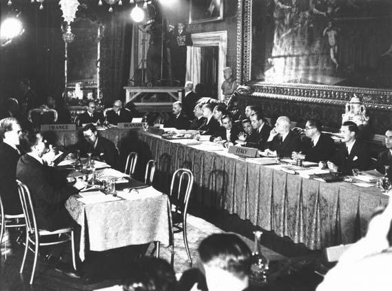 Convenția Europeană a Drepturilor Omului - Signature of the Convention - 1950 - foto preluat de pe www.echr.coe.int